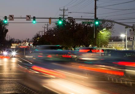 detail-night-traffic